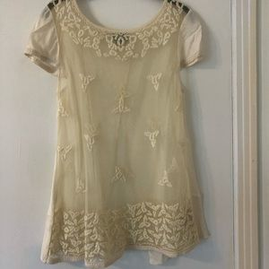 Anthropologie lace embroidery shirt w/ open back